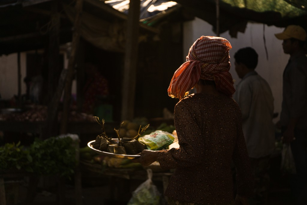 An old woman at a local food market. Marie Baersch, Sony a6000, Zeiss Touit 2.8/50mm.